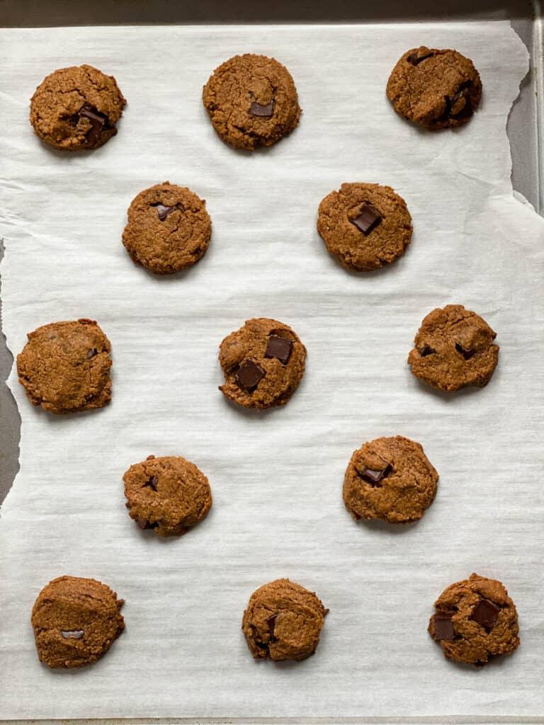 Baked cookies on cookie sheet.