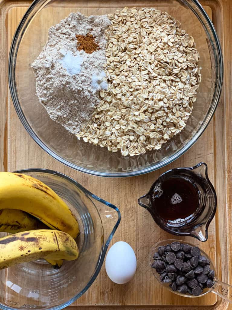 Banana Chocolate Chip Oat Squares Ingredients