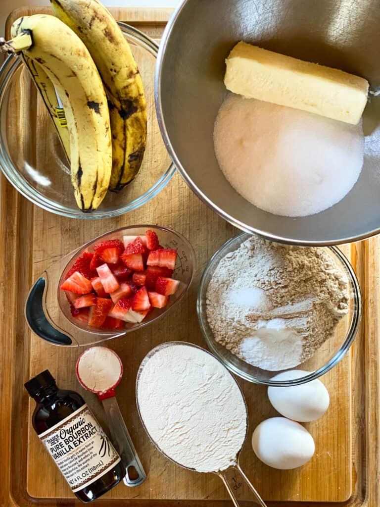 Strawberry banana muffins ingredients