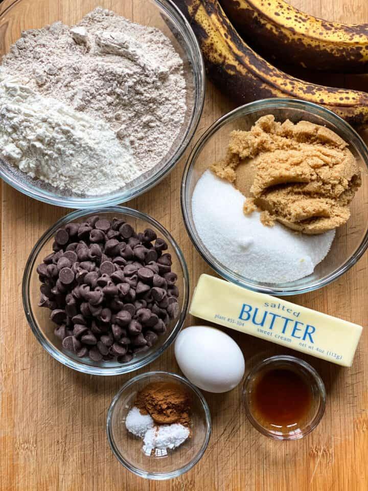 Banana chocolate chip cookie ingredients.