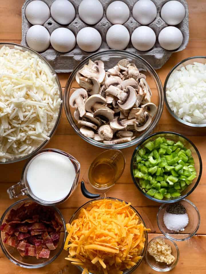 Crock pot breakfast casserole ingredients.