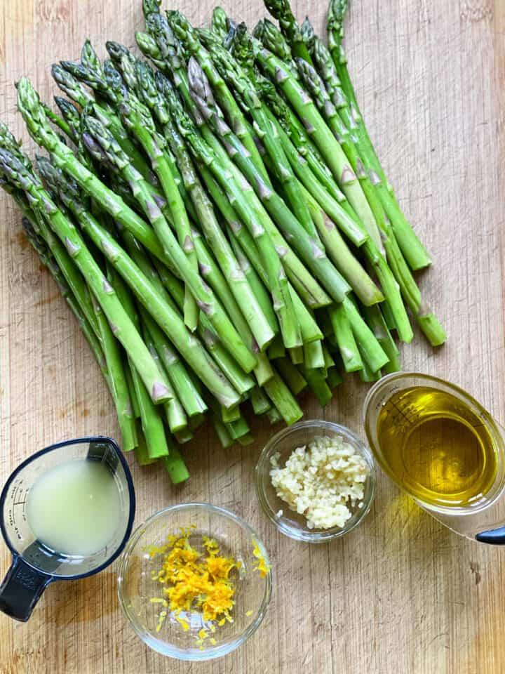 Roasted asparagus ingredients.