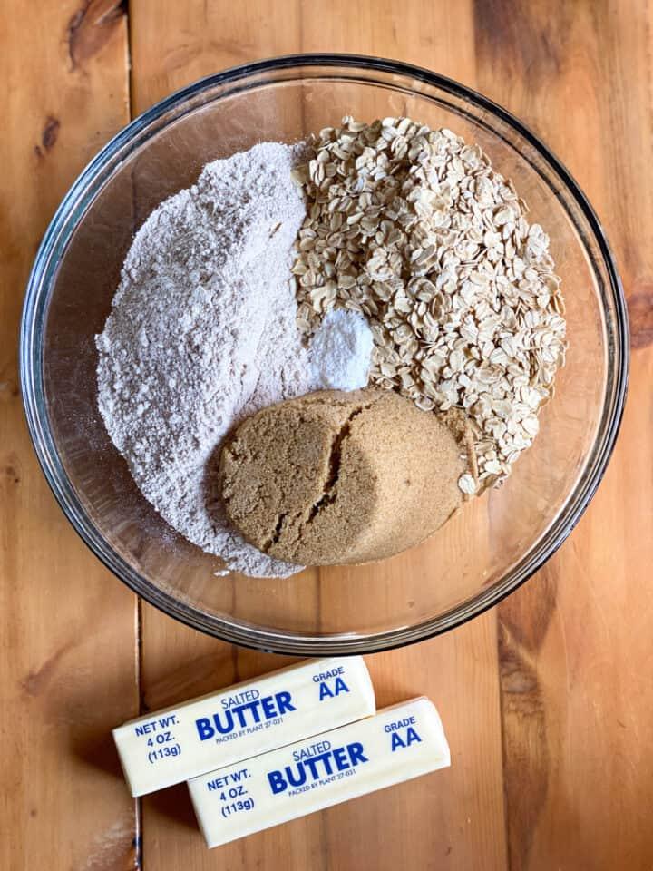 Oatmeal crust ingredients.