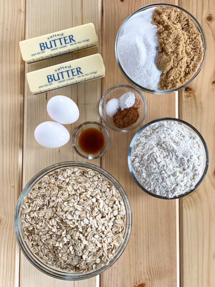 Apple pie bars cookie crust ingredients.