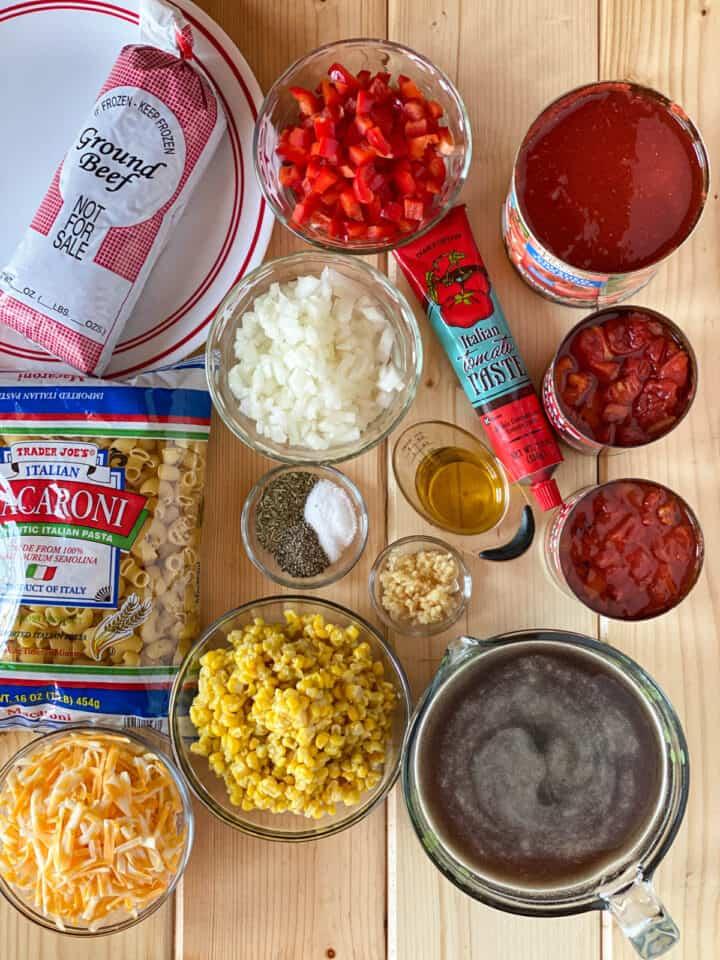 Easy skillet goulash recipe ingredients.